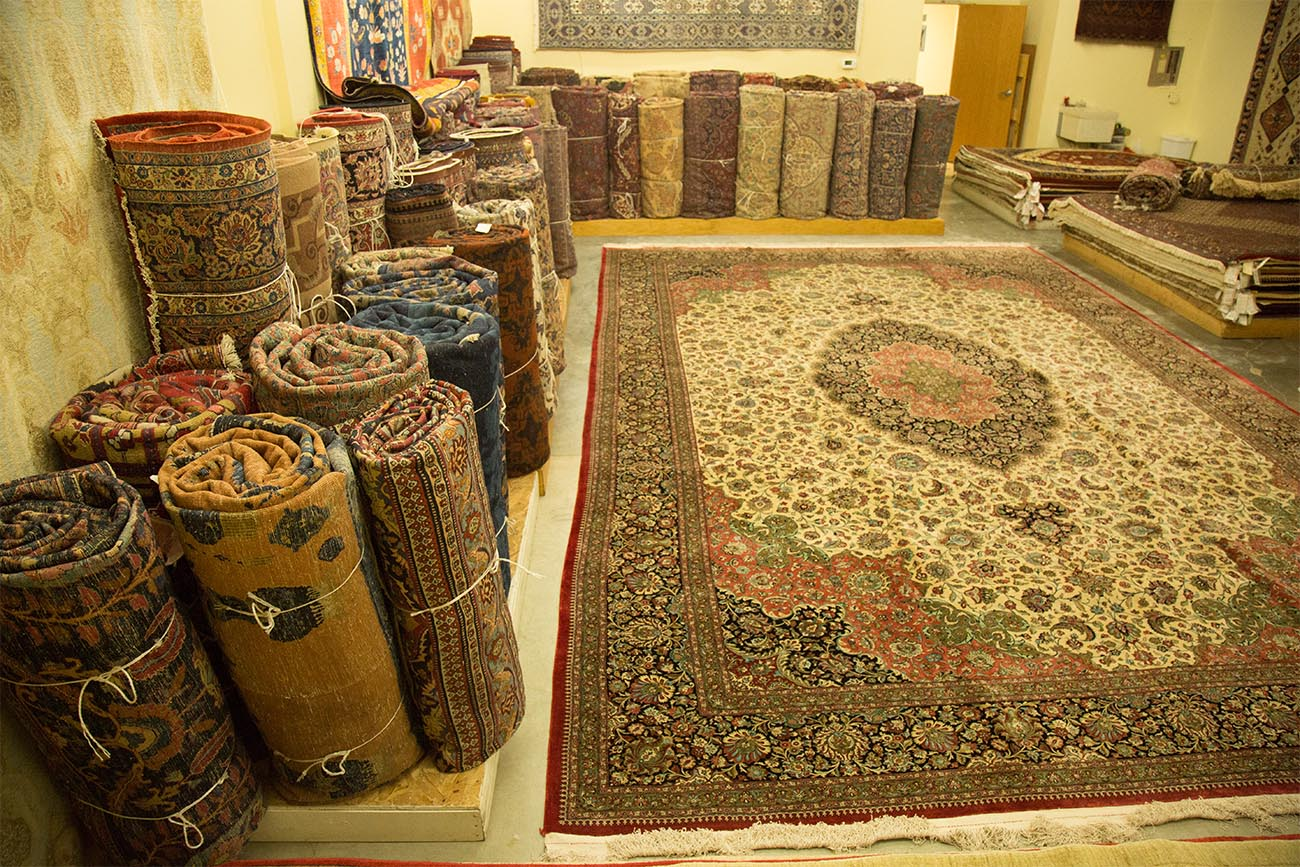 Image of many rugs for sale in Minneapolis