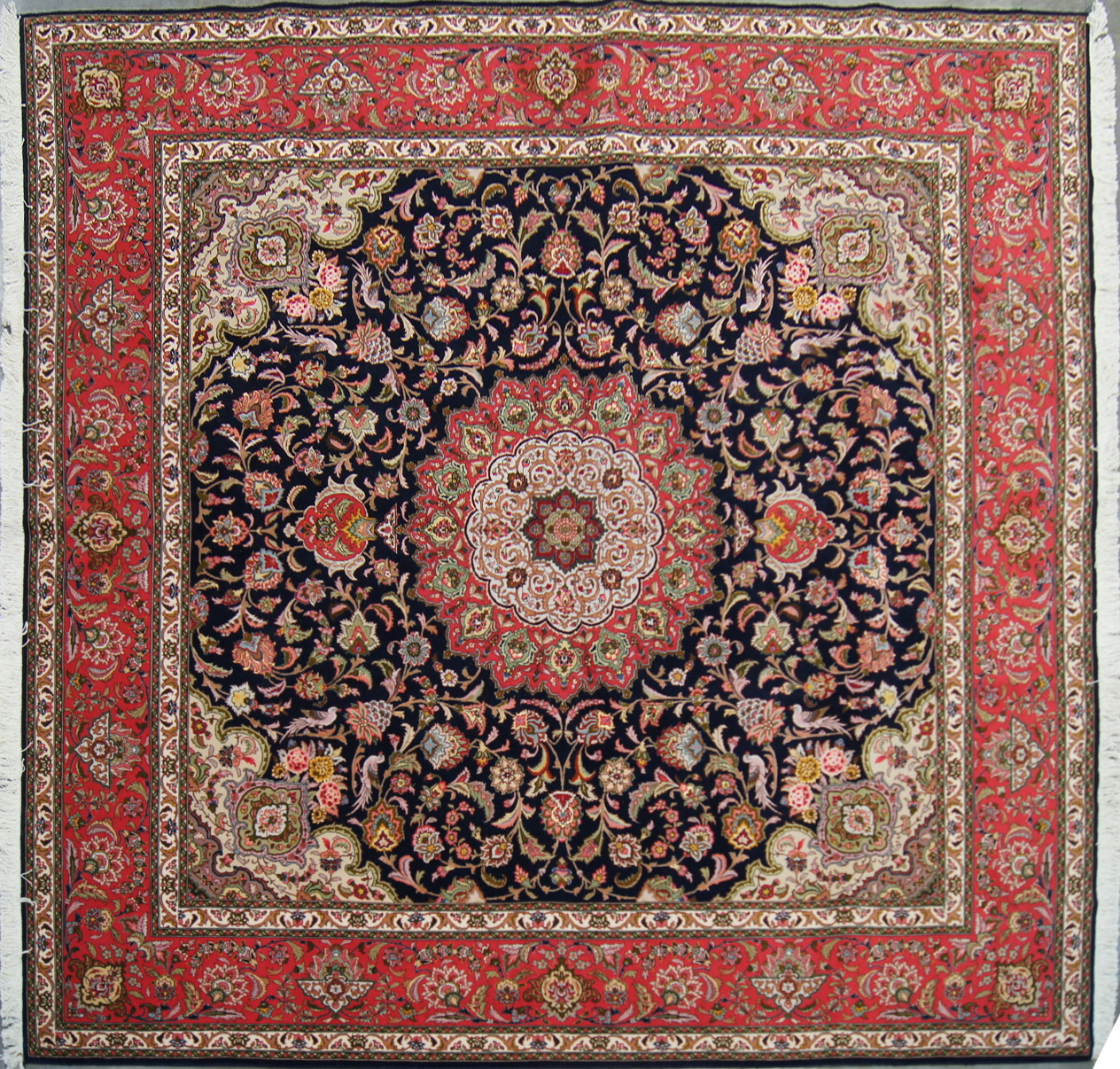 Persian Rugs From Iran: Kurosh Rugs